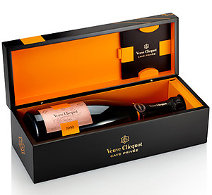 Veuve Clicquot Cave Privee Rose 1990 75cl in Wood Box